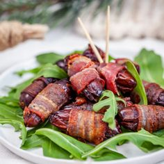 Baconlindade dadlar Tapas Recipes, Appetizer Recipes, Healthy Recipes, Christmas Party Food, Food For A Crowd, Clean Eating, Good Food, Food And Drink, Snacks