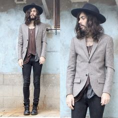 (by Tony Stone) Maybe it's the whole jesus thing Folk Fashion, Indie Fashion, Grey Fashion, Urban Fashion, Style Fashion, Rock Outfits, Fashion Outfits, Tony Stone, Indie Men