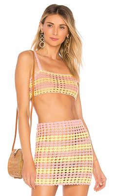 8bcef7bdc5533 Lily Crop Top in Coral  amp  Sunkissed Concert Fashion