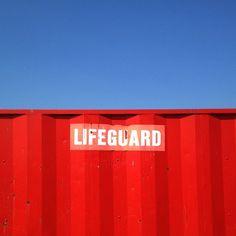 Unreal weather in Ireland ☀☀ #lifeguard #malahide #beach #red #blue #bluesky #gf_ire #ireland #jj_forum #ubiquography - @alanisko- #webstagram