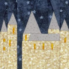 Hogwarts Paper Pieced Block free pattern on Fandom in Stitches at http://www.fandominstitches.com/2011/05/harry-potter.html