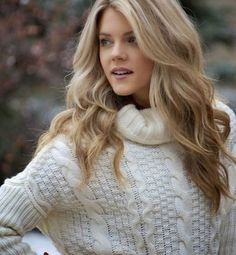 Blonde should never be boring so look these 40 New Blonde Hair Color 2016 to give your style new way of look! Endless classy blonde hair color ideas and lovely shades of blonde are waiting for you here! Skin Shades, Shades Of Blonde, Blonde Color, Hair Color For Fair Skin, Cool Hair Color, Hair Colors, Hair Color 2016, Medium Blonde Hair, Blonde Bob