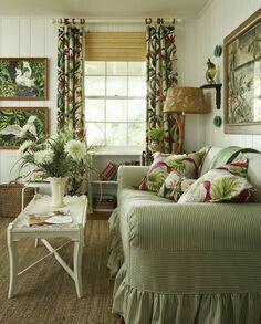 Adorable farmhouse living room