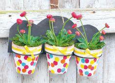 Anleitung: bunte Blumentöpfe aus Terrakotta - VBS-Hobby.com