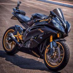 Yamaha R six Yamaha Motorbikes, Yamaha Motorcycles, Yamaha Yzf R6, Moto Bike, Motorcycle Bike, Mt 09 Yamaha, Yzf R125, Ps Wallpaper, Yamaha Sport