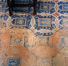 """lairdkay: """"The patina of footsteps over hundreds of years, Chateau Chenonceau, France. Goddess Of The Hearth, Architecture Unique, Ivy House, Life Design, Elder Scrolls, Dragon Age, Decoration, Tile Floor, France"""