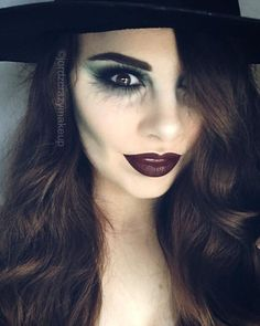 Looking for for ideas for your Halloween make-up? Browse around this site for cute Halloween makeup looks. Halloween Makeup Witch, Halloween Makeup Looks, Scary Halloween, Diy Witch Costume, Pretty Halloween, Gothic Halloween, Kids Witch Makeup, Costume Ideas, Halloween Design