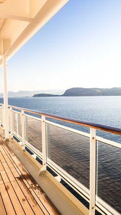 Kreuzfahrt mit der MS Europa 2 in Griechenland // Crusinig with the MS Europa 2 in Greece // #weibtravels