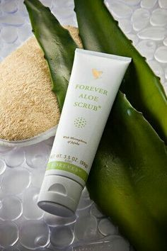 Forever Aloe Scrub® With its unique combination of Stabilized Aloe Vera gel and… Forever Aloe, Forever Living Aloe Vera, Black Spots On Face, Brown Spots On Skin, Dark Spots, Aloe Barbadensis Miller, Aloe Vera Skin Care, Aloe Vera Gel, Forever Living Products