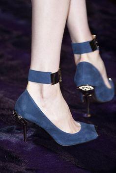Atelier Versace haute couture fall/Winter 2014-15 details!