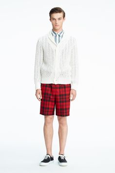 #12 Knit cardigan:¥29,160 Shirt:¥22,680 Short Pants:¥19,440 Shoes:¥21,060