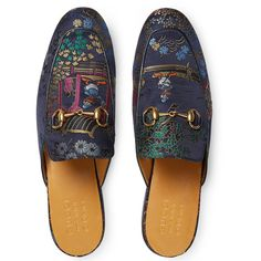 Gucci Princetown Donald Duck Jacquard Slipper (2,565 ILS) ❤ liked on Polyvore featuring men's fashion, men's shoes, men's slippers, gucci mens slippers, gucci mens shoes and mens leather sole shoes