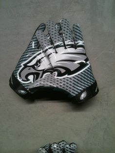 Philadelphia Eagles gloves #NFL #eagles