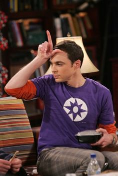 Bigbang 416864509259363258 - Sheldon cooper lock screen ❤❤ Source by famillegury Big Bang Theory Series, The Big Theory, Big Bang Theory Funny, Big Beng, Jim Parsons, Practical Jokes, Series Movies, Tv Series, Friends Tv