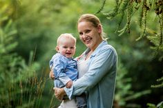 Familenshooint Outdoorshooting Familenfotos Mama und Sohn Mutter und Kind W Family Photos, Couple Photos, Mother And Child, Mom And Baby, Portrait, Sons, Photoshoot, Children, Outdoor