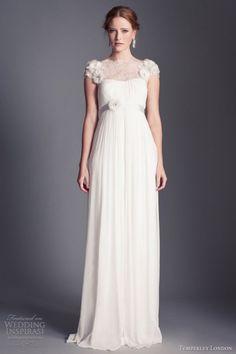 25-airy-and-romantic-empire-waist-wedding-dresses-25 - Weddingomania