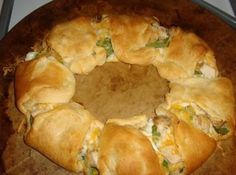 Weight Watchers Chicken Spinach Crescent Ring With Crescent Rolls, Reduced Fat Whipped Cream Cheese, Baby Spinach, Grilled Chicken Strips, Reduced Fat Cheese Ww Recipes, Skinny Recipes, Light Recipes, Chicken Recipes, Cooking Recipes, Healthy Recipes, Recipies, Delicious Recipes, Free Recipes