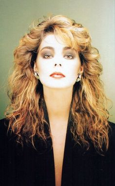 . La Sarre, Black And White Face, Great Artists, Movie Stars, Street Style, Street Fashion, 1980s, Dallas, Ann