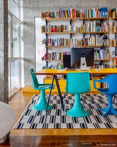12-decoracao-copan-estante-marcenaria-escritorio