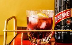 The Queen's Dubonnet and Gin cocktail