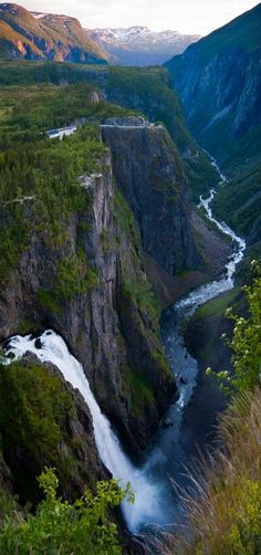 Overview over the waterfall Vøringsfossen, Voringsfoss, and Hordaland Mountains, Hordaland Fylke, Norway | by Bjarte Hoff on Flickr