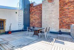 Myytävät asunnot, Pursimiehenkatu 15, Helsinki #oikotieasunnot #terassi #terrace Helsinki, Patio, Outdoor Decor, Home Decor, Homemade Home Decor, Yard, Terrace, Decoration Home, Interior Decorating