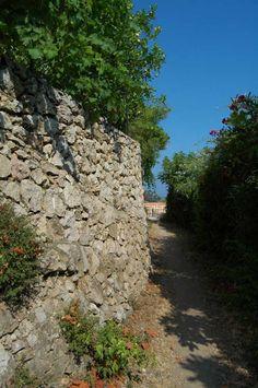 Grimaldi Superiore Frazione di Ventimiglia (IM) http://ift.tt/2nLinxc