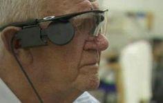Trasplantan primer ojo biónico a paciente con degeneración macular