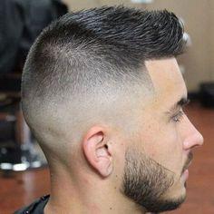 15 Skin fade haircuts for men. Best skin fade haircuts for Best skin fade haircut for summers. Simple and easy high skin fade haircut for men. Mens Hairstyles 2014, Mens Modern Hairstyles, Faux Hawk Hairstyles, Hairstyles Haircuts, Haircuts For Men, Haircut Men, Military Haircuts, Fohawk Haircut, Haircut 2017