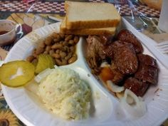The Smokehouse – a San Antonio Favorite for Bar-B-Q