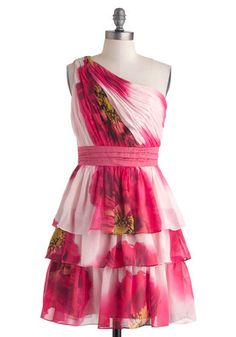 Let your style bloom in this perfect dress for a summer's eve. $167.99