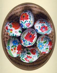Easter in Hungary - Matyó tojás