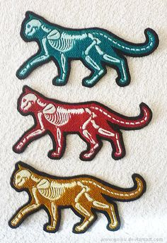 X-ray GLOW cats - embroidery patches - goiku