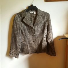 """Darling J Jill Jacket Really cute short jacket, almost brocade fabric. Bronze camel background with black floral brocade pattern. Button front and side pockets.  20"""" shoulder to hem,  and waist is 16"""" laid flat. Cotton/acetate, dry clean. Like new condition.  I don't trade, but welcome reasonable offers. Thanks for shopping. J. Jill Jackets & Coats"""