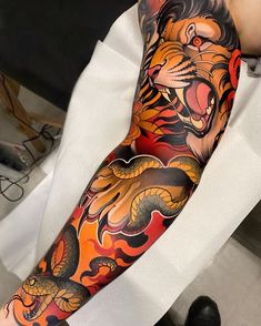 Neotraditionalworldwide likes, 20 comments - Great work by: Location: Colombia . Traditional Japanese Tattoo Sleeve, Traditional Hand Tattoo, Japanese Tattoo Designs, Japanese Sleeve Tattoos, Chicano Tattoos Sleeve, Leg Sleeve Tattoo, Best Sleeve Tattoos, Body Art Tattoos, Hand Tattoos