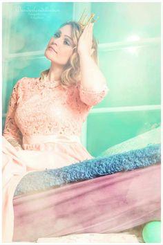 Hier kommt die #Prinzessin auf der #Erbse =) #Model: Cyn Be  #shooting #cosplay #grimm #gebrüdergrimm #märchen #Märchenshooting #prinzessinaufdererbse #wunderlandillusion #fotografie