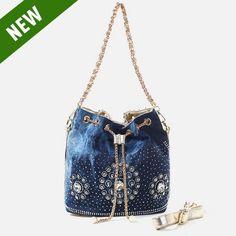 $31.5 free shipping   Fashion diamonds rhinestone handbag denim women handbag,blue bag ,Buy it:  http://www.aliexpress.com/store/product/Guangzhou-new-pure-manual-weaving-brand-handbag-euramerican-fashion-pendant-cowboy-set-auger-handbag-chain-bucket/1185850_2021258573.html