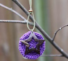 Mooi, bijzonder, met liefde gemaakt. Lange ketting met paarse hanger en een ster als juweeltje.