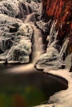 Stickle Ghyll – Frozen Fall, Lake District, England