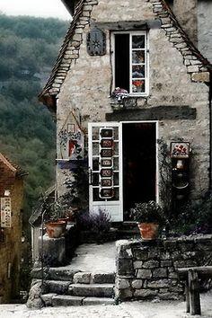 Cottage, house and dreams Cozy Cottage, Cottage Living, Cottage Homes, Cottage Style, French Cottage, Stone Cottages, Cabins And Cottages, Stone Houses, Fairytale Cottage