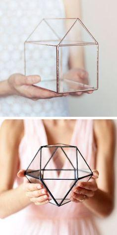 Handmade Geometric Terrariums by Waen http://www.theperfectpalette.com/2015/07/handmade-geometric-terrariums-by-waen.html