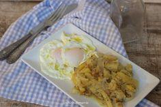 Patatas en salsa con huevos | Comer con poco