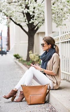 How To Pack Light And Look Chic For Your Fall Getaway