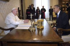 Pope Francis talks with U.S. President Obama during private audience at Vatican #PopeFrancis