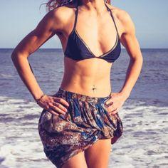 10 exercícios discretos para fazer na praia
