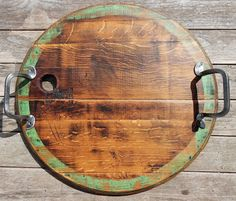 Wine Barrel Tray (could work w scraps though) Wine Barrel Crafts, Wine Bottle Crafts, Wine Barrel Lazy Susan, Wine Barrel Furniture, Barrel Projects, Diy Cutting Board, Bourbon Barrel, Round Tray, Wine Barrels