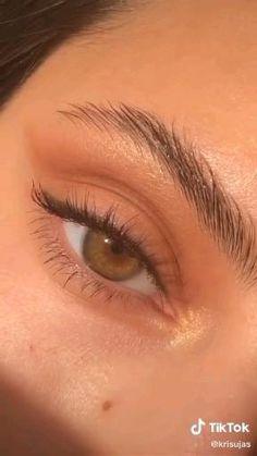 Makeup Eye Looks, Skin Makeup, Eyeshadow Makeup, Makeup Art, Makeup Tips, Makeup Hacks, Eyeliner Hacks, Hair Hacks, Easy Makeup