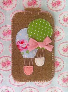 Etui na telefon - Twins Balloons (proj. Easy Sewing Projects, Sewing Crafts, Felt Phone Cases, Pinterest Diy Crafts, Homemade Books, Felt Ornaments Patterns, Felt Bookmark, Fuzzy Felt, Felt Gifts