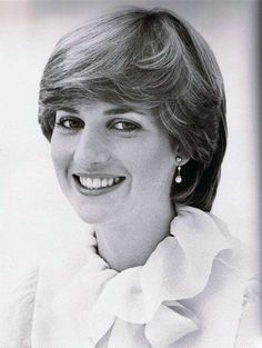 Lady Diana Spencer 1981 - formal shot to celebrate her engagement