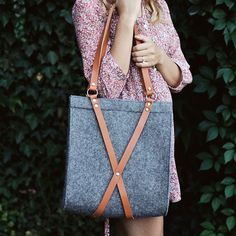 Felt+Bag+With+Leather+Handle++FOX+BAG+by+MOOSEdesignBAGS+on+Etsy,+$126.70